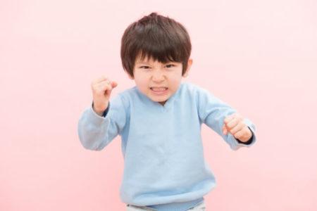 「親を叩いてくる 子供」の画像検索結果